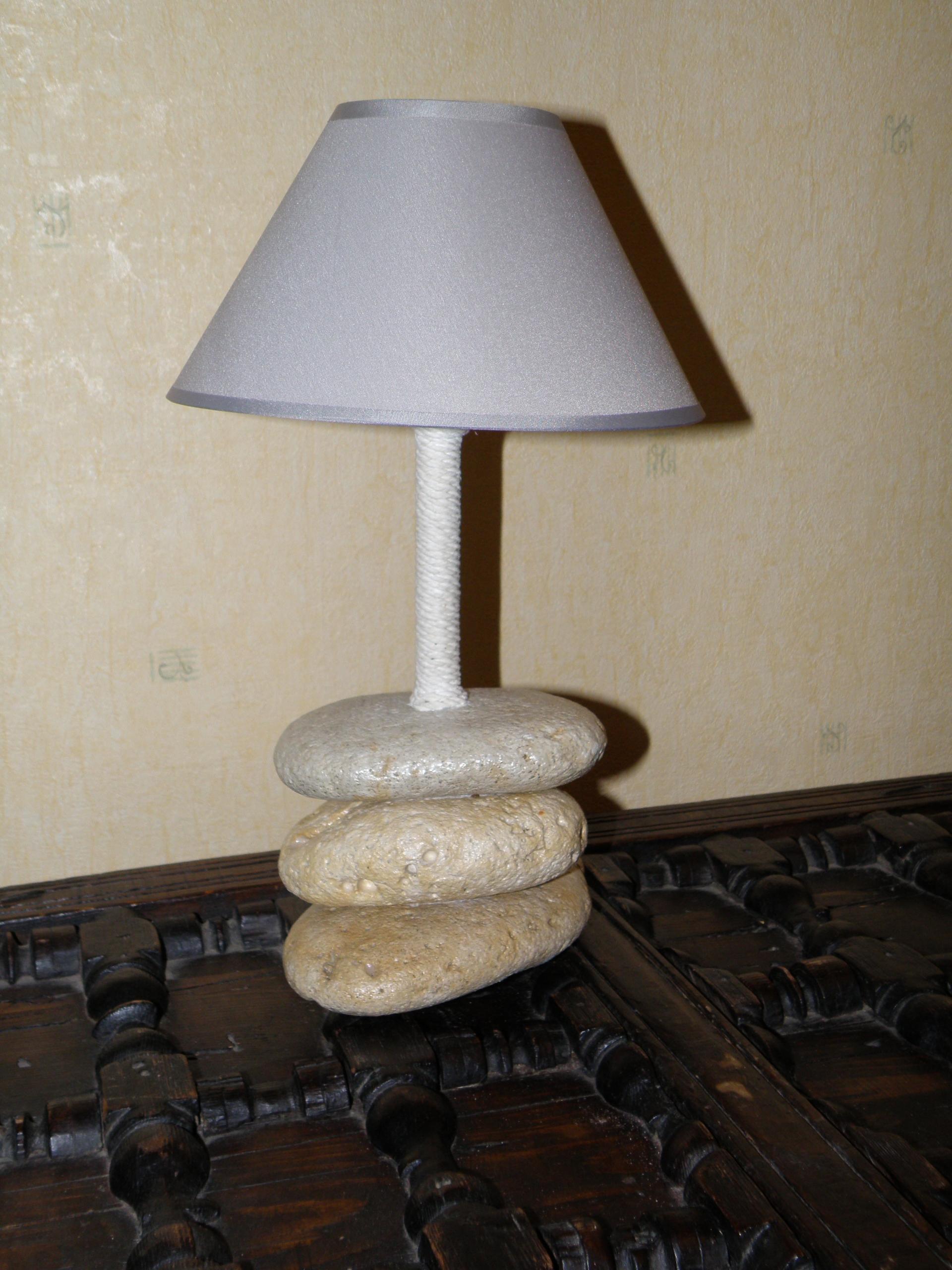 lampe en galets n 20. Black Bedroom Furniture Sets. Home Design Ideas